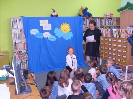 Poeci Dzieciom Co Słonko Widziało Wędrując Po Niebie