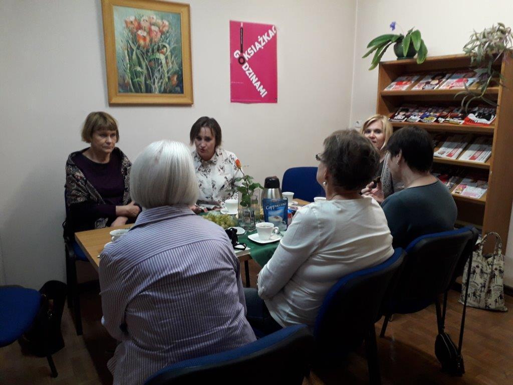 Spotkanie Dyskusyjnego Klubu Książki w Filii nr 6