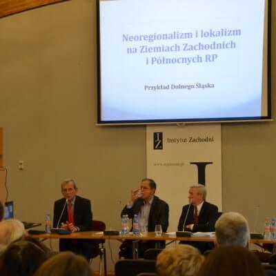 """""""Wyzwania współczesnego regionalizmu na Ziemiach Zachodnich i Północnych"""" – pod takim tytułem odbyła się konferencja, którą 23 listopada 2018 r. zorganizował w swojej siedzibie Instytut Zachodni w Poznaniu. Uczestniczyli w nich także pracownicy Biblioteki Herberta."""