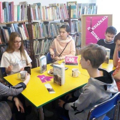 8 lutego 2019 r. w Filii nr 11 odbyło się wyjątkowe spotkanie Dyskusyjnego Klubu Książki dla młodzieży