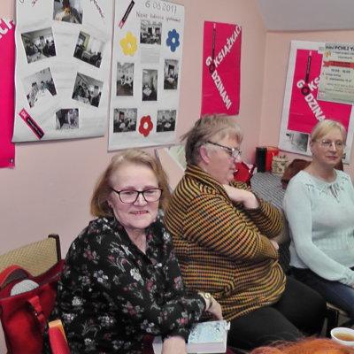 W dniu 15 marca 2019 roku na kolejnym (prawie wiosennym) spotkaniu Dyskusyjnego Klubu Książki w Ośnie Lubuskim rozmawiałyśmy o książce Bielszy odcień śmierci Bernarda Miniera.