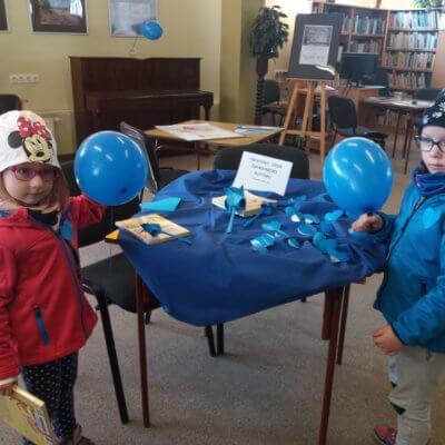 Światowy Dzień Świadomości Autyzmu jest świętem obchodzonym corocznie 2 kwietnia .Obchody tego dnia mają na celu podnoszenie świadomości społecznej na temat autyzmu. W naszej bibliotece odbyło się spotkanie i pogadanka.
