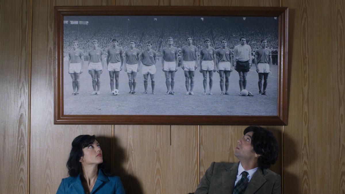 """16 kwietnia 2019 r. dla miłośników kina francuskiego przygotowaliśmy inspirowaną prawdziwą historią komedię Juliena Hallarda """"Jak chłopaki"""" (2017), opowiadającą o początkach kobiecego futbolu we Francji."""