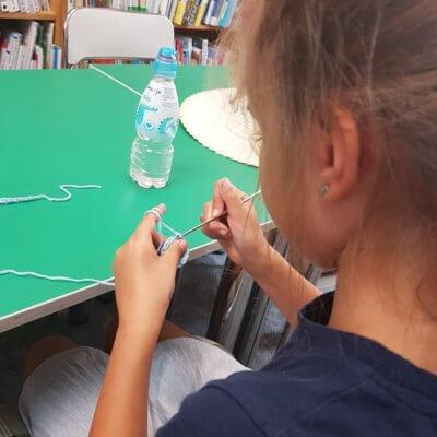 """""""Aktywnie-kreatywnie"""" pod takim hasłem w Bibliotece Bolka i Lolka odbywały się zajęcia dla dzieci od 29 lipca do 2 sierpnia podczas tegorocznych wakacji."""
